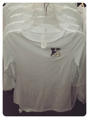 White Ladies 1/2 Sleeve Shirt - $22
